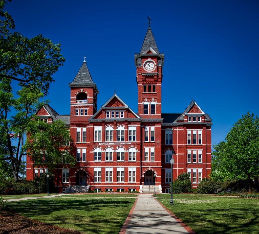Auburn University, Journalism