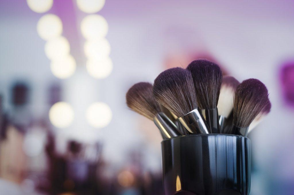 Career, Short-Term Training, Makeup Artist