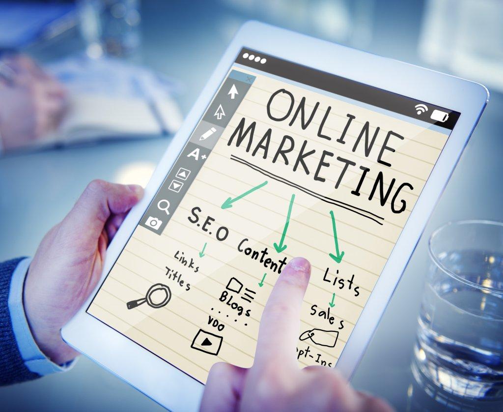 Marketing Specialists in digital marketing.
